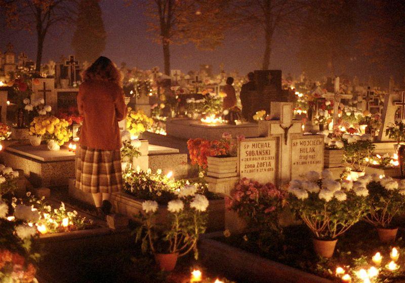 All_Saints_Day,_1984,_Oswiecim,_Poland_Img871
